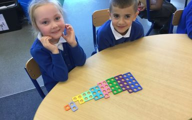 Oak Class finding missing numbers.