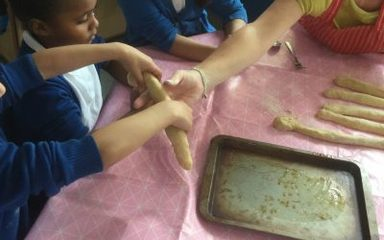 Year 2/3 make Challah Bread